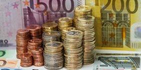 Geld, Euroscheine und Euromünzen