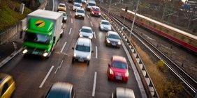 Verkehr auf der Autobahn