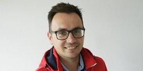 Damian Warias